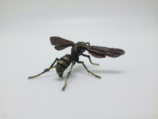 キアシナガバチ 自在置物